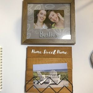 2 pcs Picture Frames NWT
